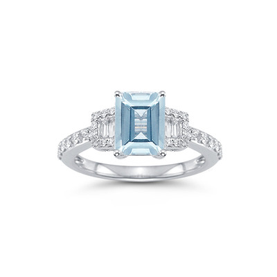 18ct White Gold 1.40ct Aquamarine with 0.40ctw Diamond Ring