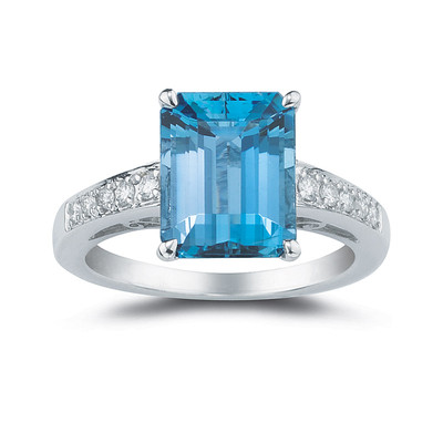 18ct White Gold 6.3ct Blue Topaz with 0.15ct Diamond Ring