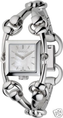 GUCCI Signoria Petite Ladies Watch YA116501